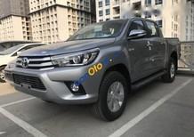 Bán Toyota Hilux đời 2016, màu bạc, xe nhập, 677 triệu