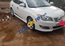 Chính chủ bán xe cũ Hyundai Avante đời 2012, màu trắng