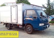 Xe tải KIA 2 tấn rưỡi lưu thông trong thành phố ban ngày. Bán trả góp