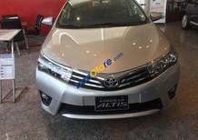 Cần bán xe Toyota Corolla Altis 1.8G đời 2017, màu bạc giá cạnh tranh