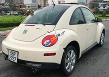 Xe Volkswagen Beetle sản xuất 2010, màu kem (be), nhập khẩu chính hãng giá cạnh tranh