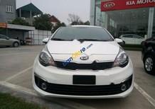Cần bán xe Kia Rio 1.4MT sản xuất 2017, màu trắng, nhập khẩu chính hãng giá cạnh tranh