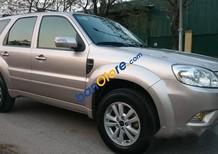 Gia đình bán chiếc xe Ford Ecscap 2.3, số tự động một cầu