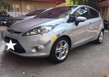 Gia đình đổi xe 7 chỗ cần bán lại Ford Fiesta 2013 bản full option