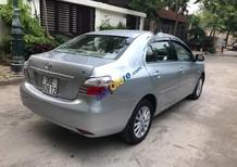 Bán xe Toyota Vios 1.5E đời 2011, màu bạc chính chủ