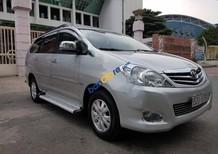 Cần bán lại xe Toyota Innova V 2009, màu bạc số tự động, giá chỉ 490 triệu