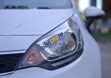 Bán xe Kia Rio AT đời 2016, màu trắng, xe mới 100%