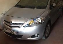Cần bán lại xe Toyota Vios đời 2009, màu bạc xe gia đình