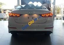 Bán xe Hyundai Elantra 2017 2.0AT, giá tốt