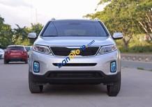Bán Kia Sorento GAT đời 2017, xe mới, màu trắng