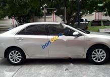 Cần bán gấp Toyota Camry đời 2014 xe gia đình, giá chỉ 860 triệu
