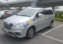 Cần bán lại xe Toyota Innova 2.0E năm 2015, màu bạc chính chủ giá cạnh tranh