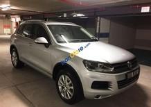 Volkswagen Touareg, màu bạc, xe mới nhập 100% - Hỗ trợ trả góp 80%. LH Hương: 0902.608.293