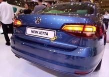 Volkswagen Jetta 1.4l TSI GP đời 2017, màu xanh và nhiều màu khác, cạnh tranh với Toyota Altis. LH Hương 0902.608.293