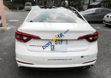 Gia đình ít đi cần bán gấp Hyundai Sonata 2.0AT màu trắng, nhập khẩu Hàn Quốc