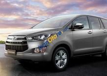 Toyota Giải Phóng bán xe Toyota Innova đời 2017, màu bạc