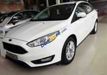Bán Ford Focus EcoBoots 1.5L Trend đời 2017, màu trắng