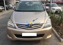 Bán Toyota Innova GRS đời 2010, màu vàng, giá tốt