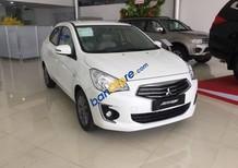 Cần bán Mitsubishi Attrage tự động năm 2017, màu trắng, nhập khẩu nguyên chiếc