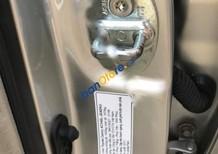 Cần bán lại xe Toyota Camry G đời 2011, màu bạc