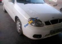 Bán Daewoo Lanos năm sản xuất 2000, màu trắng số sàn, giá chỉ 100 triệu