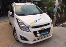 Cần bán Chevrolet Spark đời 2014, màu trắng xe gia đình