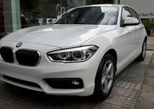 Bán xe BMW 1 Series 118i 2017, phiên bản mới, màu trắng, xe nhập, có xe giao ngay