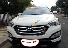 Cần bán Hyundai Santa Fe sản xuất năm 2015, màu trắng còn mới