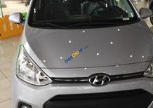 Cần bán Hyundai Grand i10 1.0 năm 2017, màu bạc, nhập khẩu chính hãng, giao xe