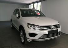 Cần bán Volkswagen Touareg GP - màu trắng - nhập khẩu chính hãng - Quang Long 0933689294