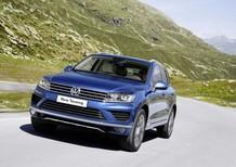 Bán ô tô Volkswagen Touareg GP màu xám - màu xanh - nhập khẩu chính hãng - Quang Long 0933689294