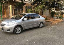 Cần bán gấp Toyota Vios E đời 2011, màu bạc, ít sử dụng