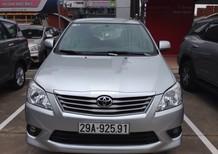 Bán ô tô Toyota Innova E 2013, màu bạc, giá chỉ 635 triệu