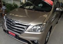 Xe Toyota Innova 2.0v 2014, màu vàng