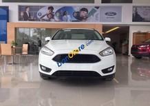 Bán Ford Focus Trend đời 2017, màu trắng