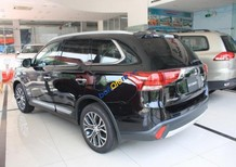 Cần bán Mitsubishi Outlander năm 2017, màu đen, xe nhập