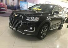 Cần bán xe Chevrolet Captiva 2017, màu đen, bán trả góp nhanh