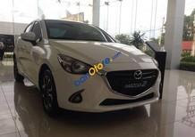 Bán Mazda 2 sản xuất 2017, màu trắng