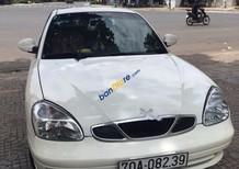 Cần bán gấp Daewoo Nubira 2 sản xuất năm 2003, màu trắng, xe nhập