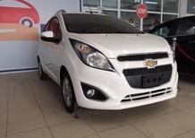Bán xe Chevrolet Spark 2017, màu trắng 269 triệu ,bán trả góp nhanh