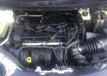 Bán Ford Focus 1.8AT 2005, màu trắng số tự động
