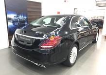 Cần bán Mercedes Exclusive sản xuất 2017, màu đen