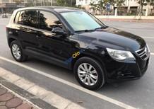 Cần bán lại xe Volkswagen Tiguan 2.0 TSI đời 2010, màu đen, nữ ít sử dụng còn rất mới