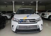 Cần bán Toyota Highlander Limited đời 2017, màu trắng, nhập khẩu nguyên chiếc