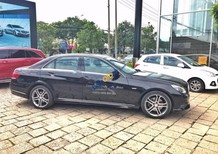 Cần bán xe Mercedes Edition sản xuất 2015, màu đen