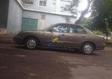 Cần bán gấp Daewoo Nubira đời 2001, màu vàng như mới giá cạnh tranh