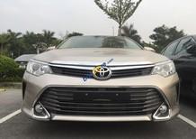 Bán xe Toyota Camry 2.5G đời 2018, màu vàng
