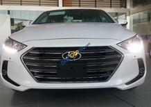 Hyundai Elantra MT 2017 thu hút mọi ánh nhìn, giá cạnh tranh