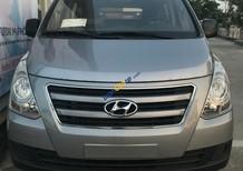 Cần bán Hyundai Starex 2016 màu xám