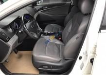 Bán Hyundai Sonata 2.0AT năm 2011, màu trắng, nhập khẩu, giá chỉ 620 triệu